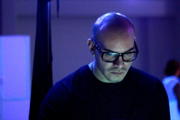 FERNANDO FUNES - Alfredo Germignani (DJ - Guitarra eléctrica de una sola cuerda)