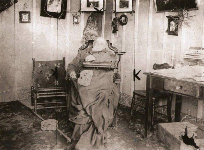 Espectro de Sarmiento predijo la dramática muerte de Mau: empalado por elobelisco.
