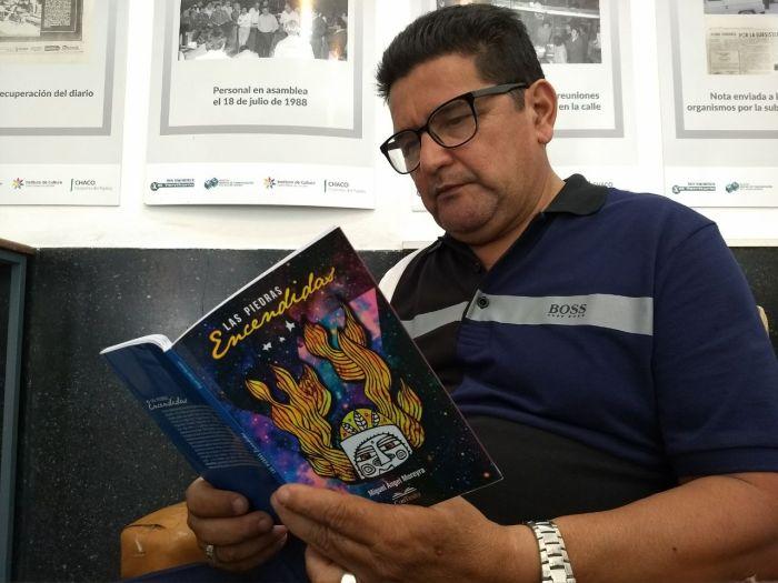 A los machetazos en las densidades boscosas de lo tropical, un tributo a Miguel ÁngelMoreyra